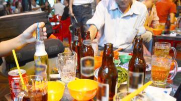 Hơn 190 triệu lít bia, rượu phục vụ thị trường Hà Nội ăn Tết
