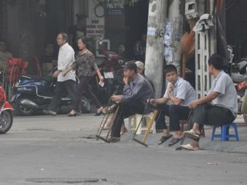 Tết cận kề nhưng chợ người vẫn ế ẩm